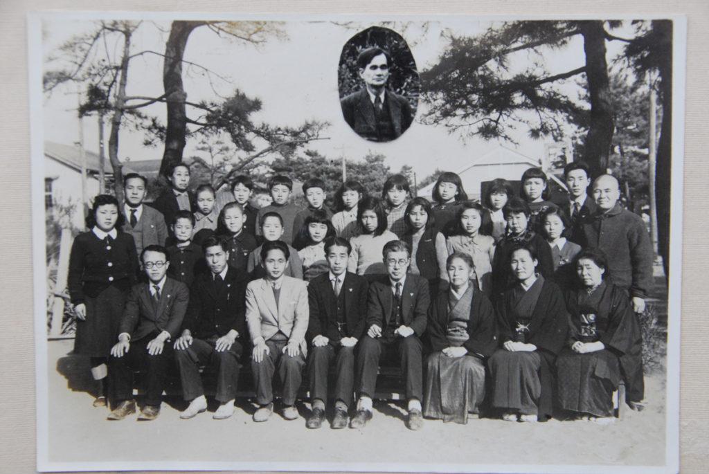 1933m (4)